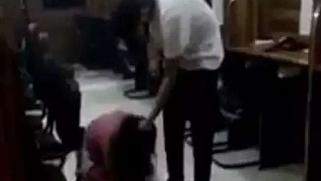 दिल्ली: लड़की की बेरहमी से पिटाई मामले में आरोपी युवक गिरफ्तार, गृहमंत्री ने कार्रवाई करने के दिए थे आदेश