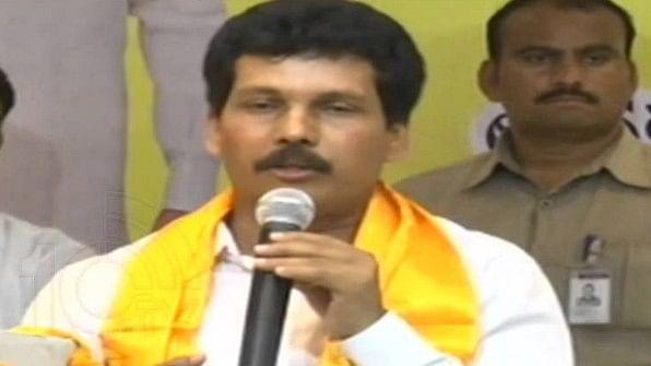 आंध्र प्रदेश: टीडीपी विधायक और पूर्व विधायक की नक्सलियों ने की हत्या, घटना के बाद इलाके में हड़कंप