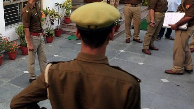 हर शाख पर उल्लू बैठा है, अंजाम ए गुलिस्तां क्या होः यूपी में जज की दबंगई, हेकड़ी दिखा थाने से कार छुड़ा ले गए