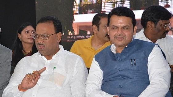 महाराष्ट्रः नशे की लत छुड़ाने की बजाय घर-घर शराब पहुंचाने का बीजेपी मंत्री का ऐलान चिंताजनक