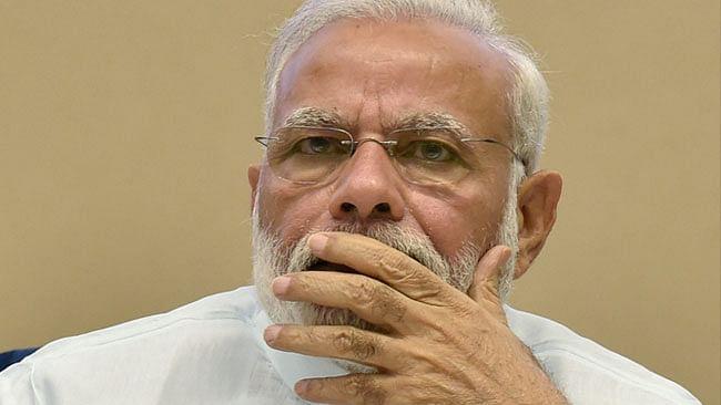 आकार पटेल का लेख: हर मोर्चे पर फेल बीजेपी सरकार कैसे जीत सकेगी 2019 का चुनाव