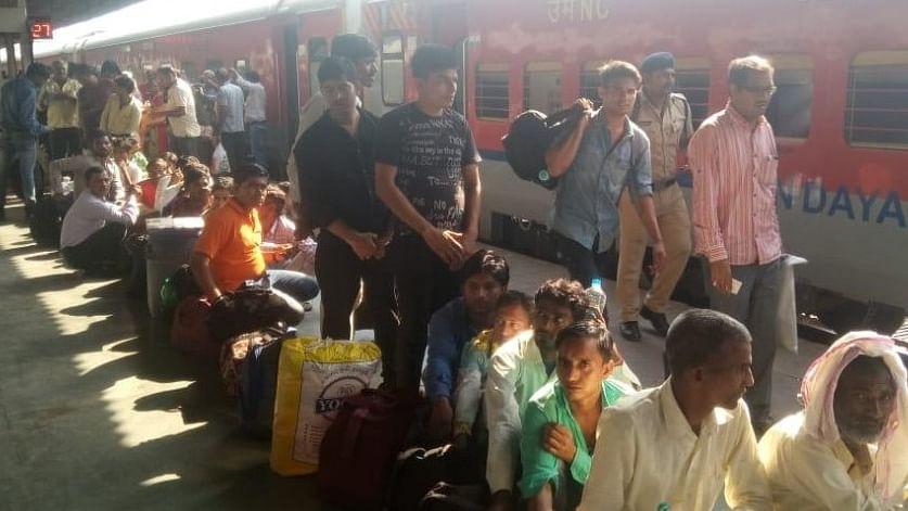 पीएम मोदी के गुजरात में हिंदी भाषी लोगों पर नहीं थम रहे हमले, वडोदरा में 'लुंगी' पहने 7 लोगों की पिटाई