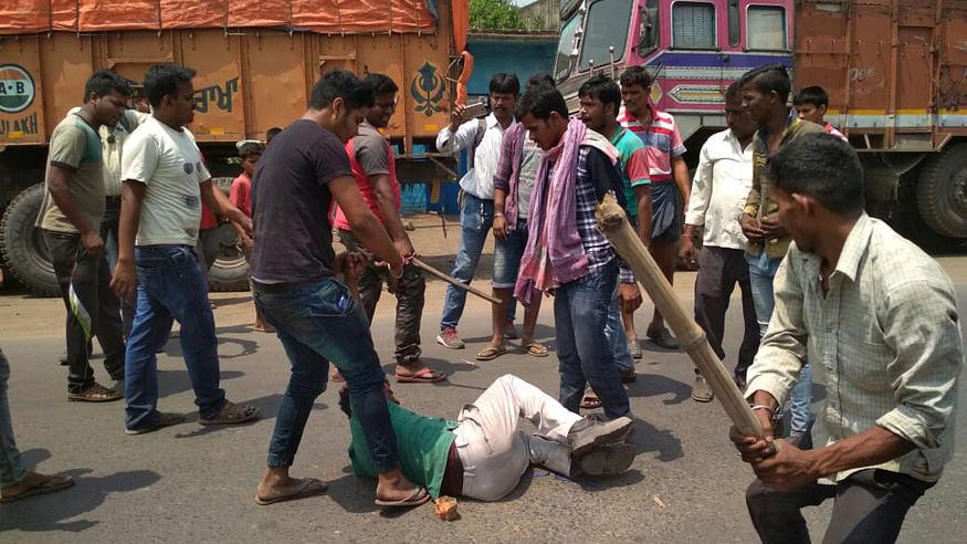 बंगाल में सांप्रदायिक हिंसा फैलाकर वोट बढ़ाने की फिराक में बीजेपी-संघ परिवार