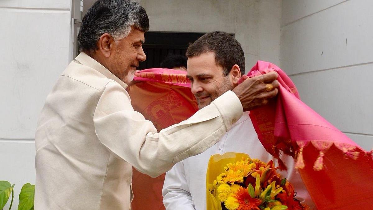 कर्नाटक उपचुनावों में कांग्रेस-जेडीएस गठबंधन की जीत के बाद पूरे देश में विपक्षी एकता बनाने का अभियान हुआ तेज