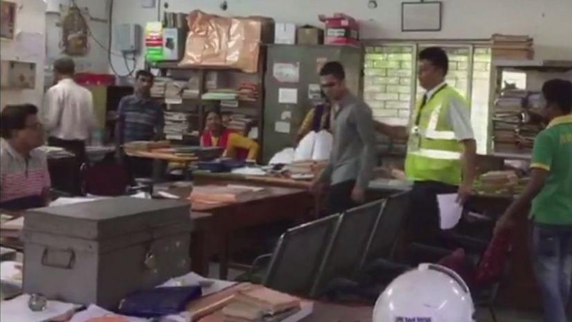 कोलकाता: जेट एयरवेज के विमान को उड़ाने की दे रहा था धमकी, यात्री गिरफ्तार