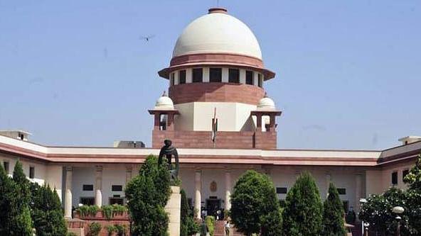 सीबीआई मामले पर सुप्रीम कोर्ट की सीवीसी को फटकार, रिपोर्ट की कॉपी वर्मा को सौंपकर 20 नवंबर तक टाली सुनवाई