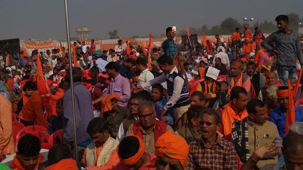 अयोध्या धर्म सभा: न संतों में  एकता, न मंदिर निर्माण की तारीख, लाखों की भीड़ जुटने का दावा भी साबित हुआ झूठा