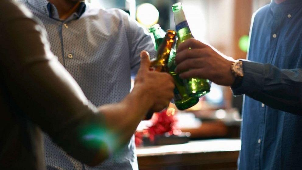 यौन हिंसा की बड़ी वजह है शराब, 50 प्रतिशत अपराधों में नशे में होता है हमलावर