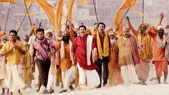 'मोहल्ला अस्सी': देर से रिलीज हुई, लेकिन कहीं ज्यादा प्रासंगिक और शानदार फिल्म