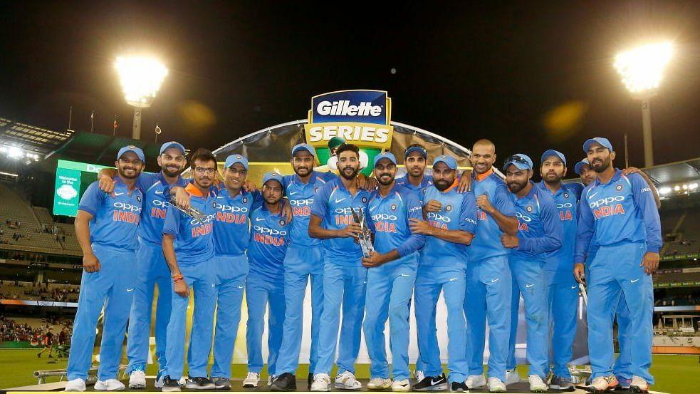 भारत ने ऑस्ट्रेलिया को तीसरे वनडे में हराकर रचा इतिहास, धोनी और चहल के सामने बेबस नजर आई कंगारू टीम