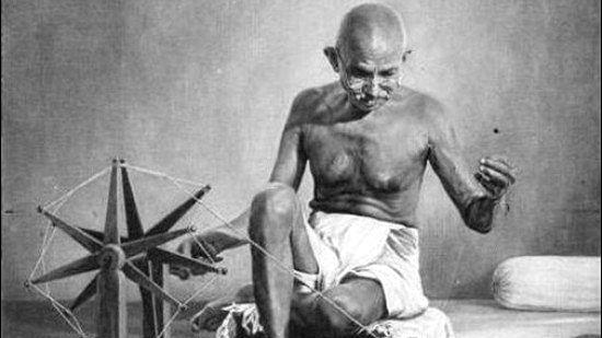 पुण्यतिथि विशेषः कर्मयोगी गांधी की कहानी चित्रों की ज़ुबानी