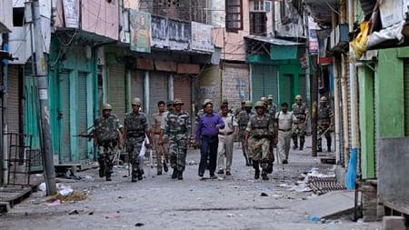मुज़फ्फरनगर दंगों के 18 मुकदमों को वापस लेगी यूपी की योगी सरकार, कोर्ट में अपील दायर करने का डीएम को निर्देश