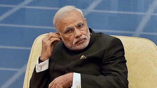 सरकारी कंपनियों की हिस्सेदारी बेचने की तैयारी में मोदी सरकार, बजट के लिए 80,000 करोड़ रुपए जुटाने का बहाना