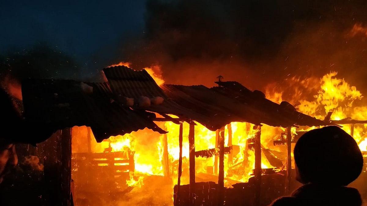 बड़ी खबर LIVE: हिमाचल प्रदेश के कुल्लू जिले में मजदूरों के एक शेड में लगी भीषण आग