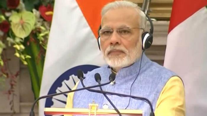 विष्णु नागर का व्यंग्यः मोदी जी को लाखों बधाइयां, भारत भले उनको भूल जाए,  उनके एहसानों को कभी नहीं भूलेगा !