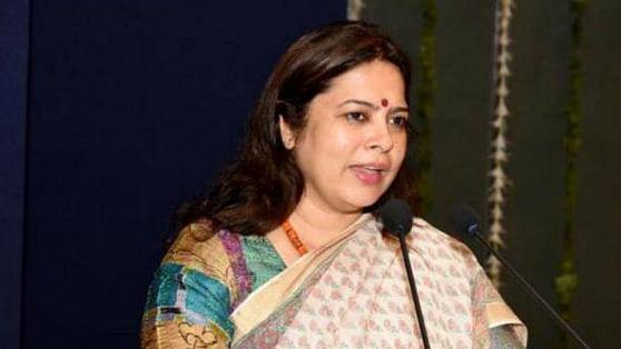 बीजेपी सांसद मीनाक्षी लेखी का महिलाओं पर शर्मनाक बयान, कहा-  'हिजड़ा' बनाकर महिलाओं को सीएम ले गए सबरीमाला