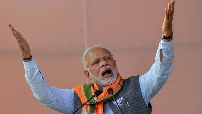 मोदी सरकार का आयुष्मान भारत साबित हुआ छलावा, निजी कंपनियों को लाभ पहुंचाने के खेल में पीछे छूटे गरीब