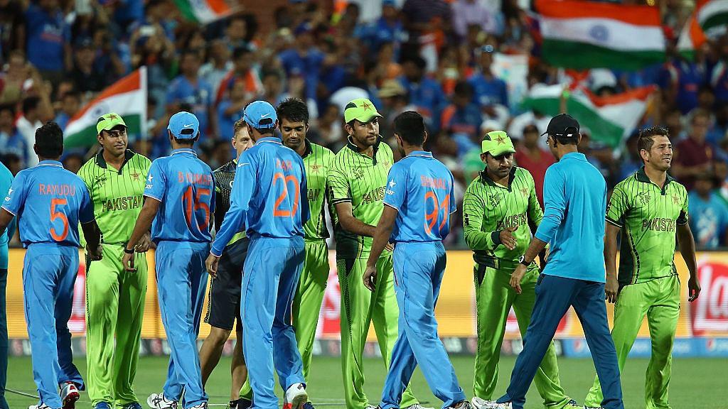 आकार पटेल का लेख: विश्वकप में पाकिस्तान से न खेलना बचकाना और खुद को नुकसान पहुंचने वाला कदम होगा