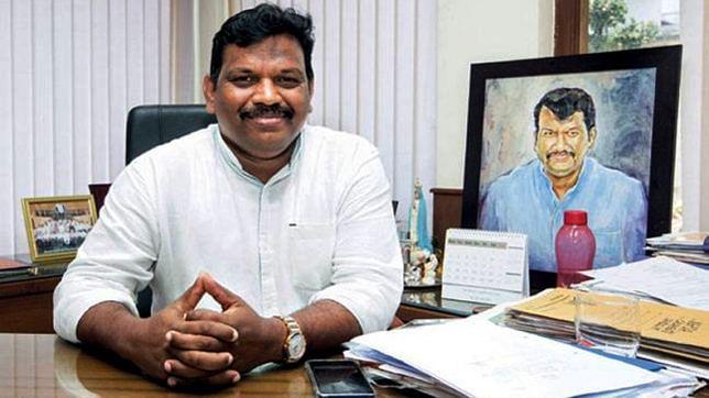 गोवा में आएगा सियासी भूचाल, बीजेपी विधायक का बड़ा बयान, कहा- जब तक पर्रिकर हैं, तभी तक सरकार है सुरक्षित