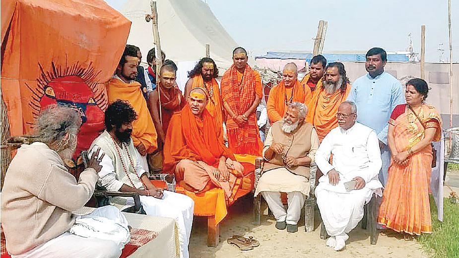 मोदी राज में गंगा को बचाने के लिए स्वामी सानंद की राह पर एक और संत
