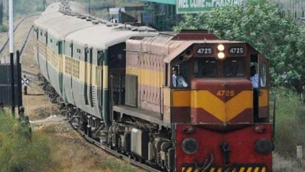 सीमा पर तनाव के बीच पाकिस्तान ने रद्द की समझौता एक्सप्रेस, दिल्ली से गई, लेकिन पाक की ओर से नहीं आई ट्रेन