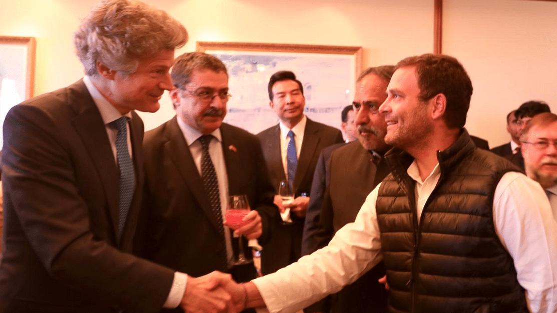 राहुल गांधी ने जी-20 देशों के राजनयिकों के साथ किया लंच, सोनिया गांधी और मनमोहन भी रहे मौजूद
