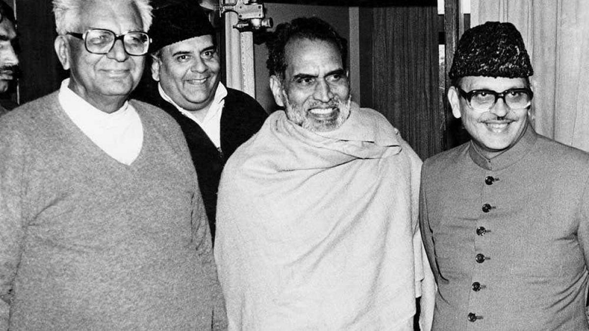 लोकतंत्र के पन्ने: लोकसभा चुनाव 1989, जब सबसे बड़ी पार्टी ने सत्ता लेने से किया इनकार, फिर बनी गठबंधन की सरकार