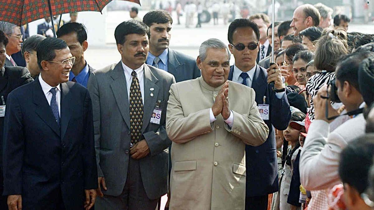 लोकतंत्र के पन्ने: लोकसभा चुनाव 1999, जब पहली बार कोई गैर कांग्रेसी सरकार ने पूरे किए पांच साल