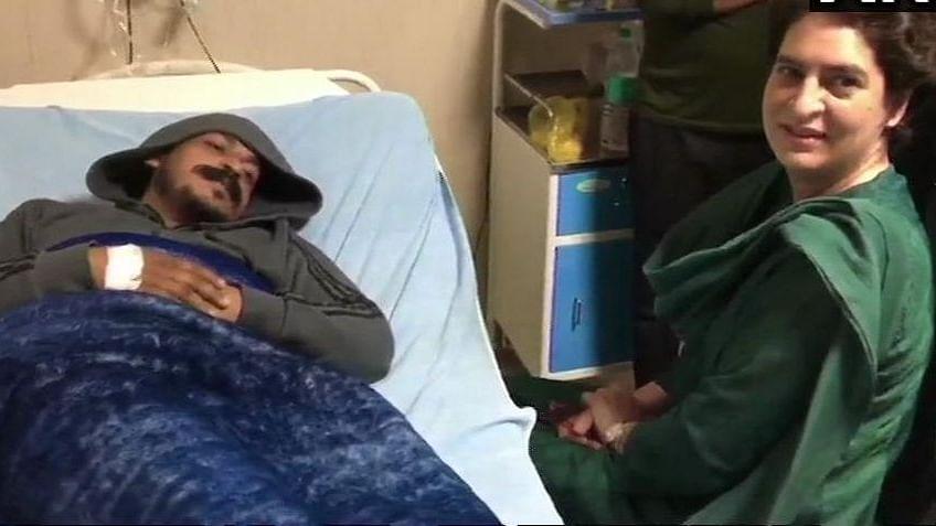 भीम आर्मी के नेता  से मिलने मेरठ अस्पताल पहुंचीं प्रियंका गांधी, चंद्रशेखर बोले- पीएम के खिलाफ लड़ूंगा चुनाव