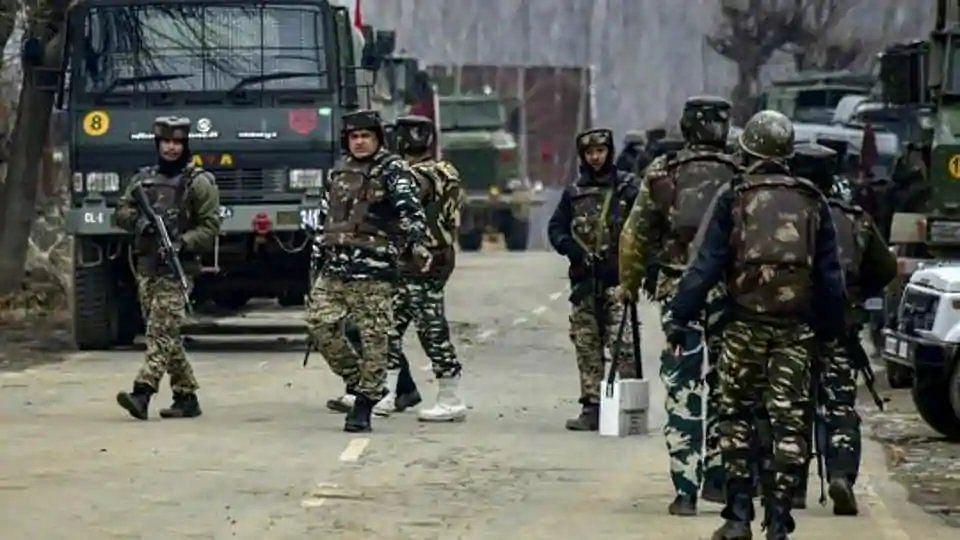 जम्मू-कश्मीर के शोपियां में 5 आतंकी ढेर, 4 दिन में तीसरी बड़ी मुठभेड़
