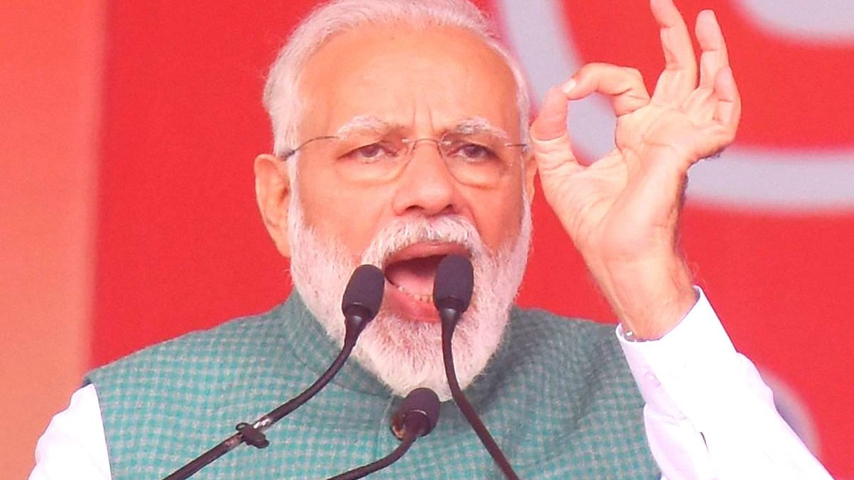 पीएम ने फिर खेला हिंदू कार्ड, कहा- हिंदू संस्कृति को आतंकवादी कहने वालों को जवाब है प्रज्ञा को उम्मीदवार बनाना