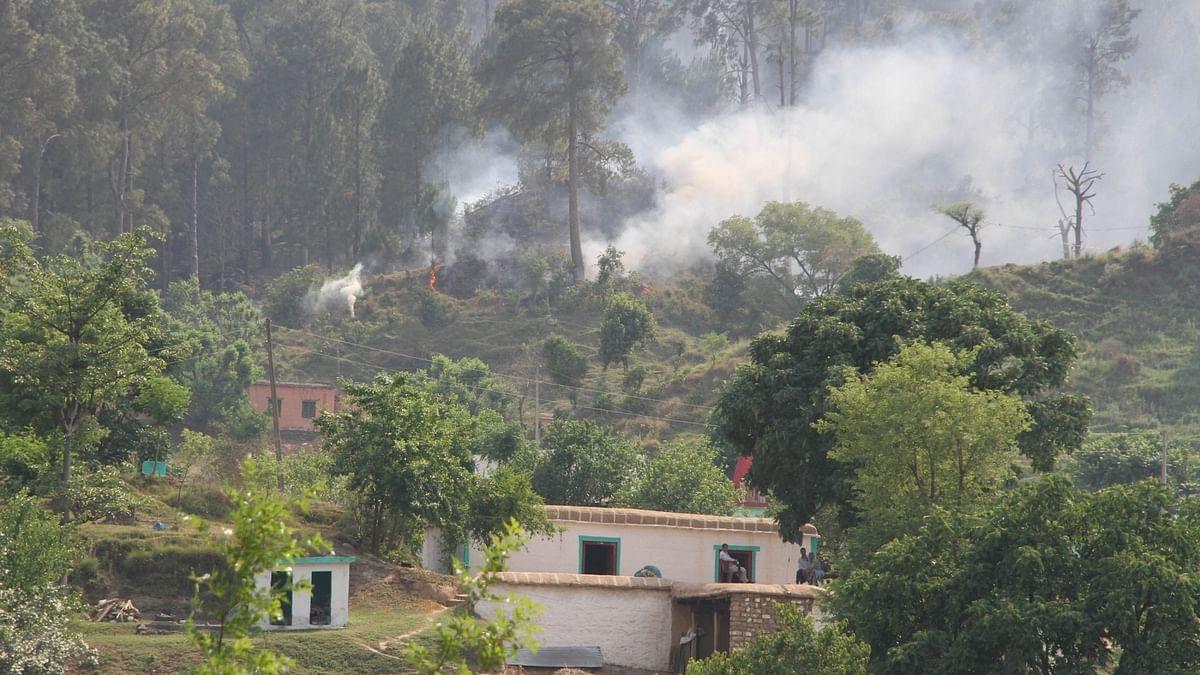 नियंत्रण रेखा पाकिस्तान की तरफ से भारी गोलीबारी, भारतीय सेना ने भी दिए जोरदार जवाब