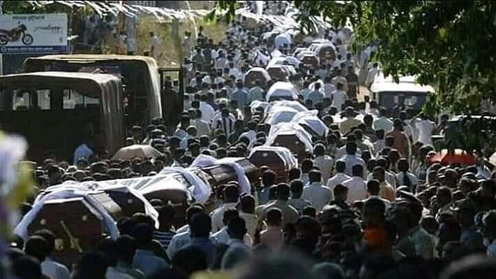 श्रीलंका ब्लास्ट: जेडीएस के 4 कार्यकर्ताओं की मौत, 3 लापता, धमाके में मरने वालों की संख्या 300 के करीब पहुंची