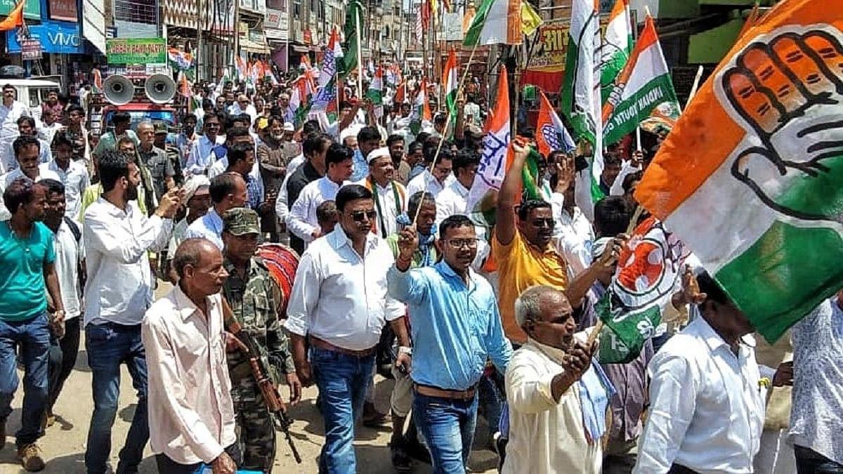 झारखंड में कांग्रेस-बीजेपी के बीच आमने-सामने की लड़ाई, लेकिन चतरा में त्रिकोणीय मुकाबला