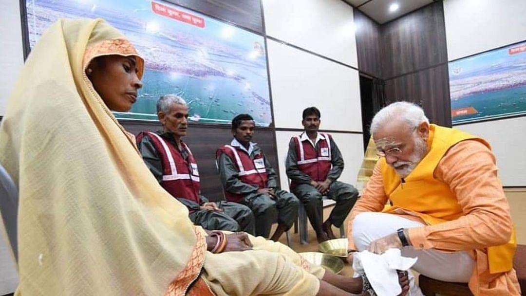 पीएम ने सफाई कर्मचारियों के पैर तो धोए, लेकिन उनके 'मन की बात' सुनने का मोदी के पास समय नहीं: राहुल गांधी