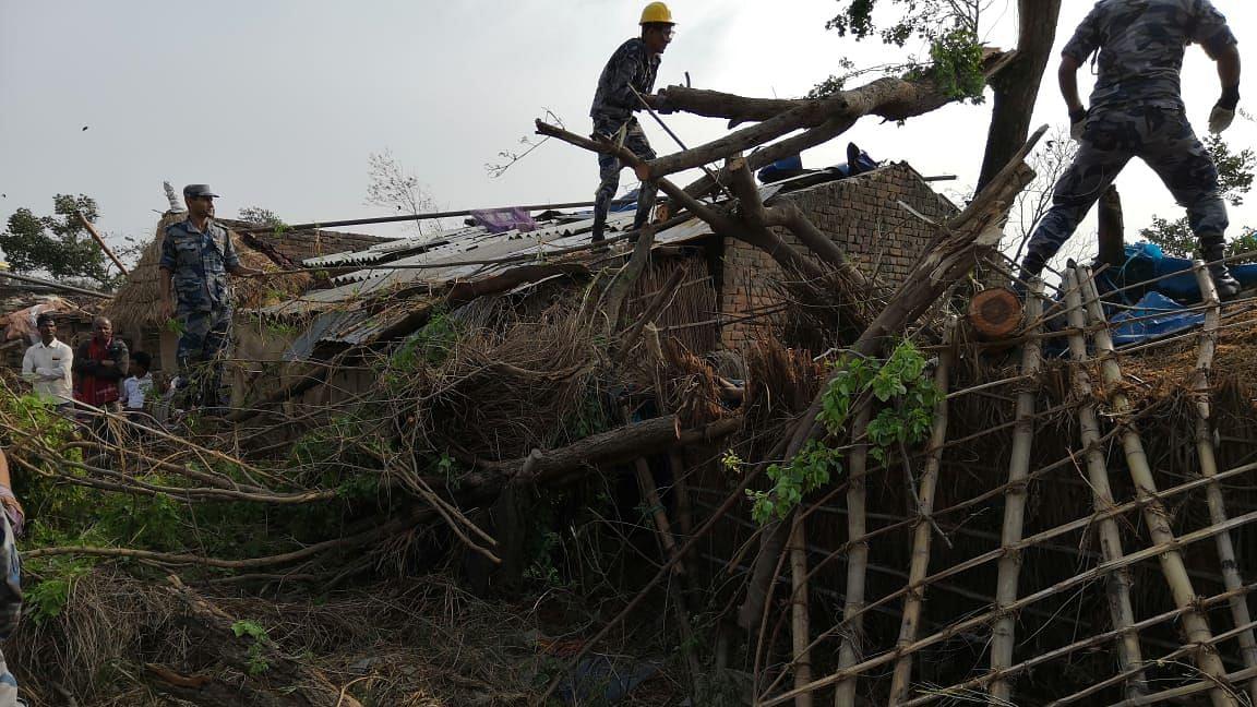 नेपाल में आंधी-तूफान से भारी तबाही, 27 लोगों की मौत, 400 से ज्यादा घायल