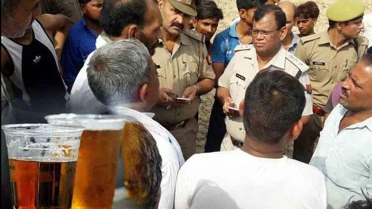 उत्तर प्रदेश: बाराबंकी के बाद अब सीतापुर में जहरीली शराब से 3 लोगों की मौत,  4 की हालत गंभीर