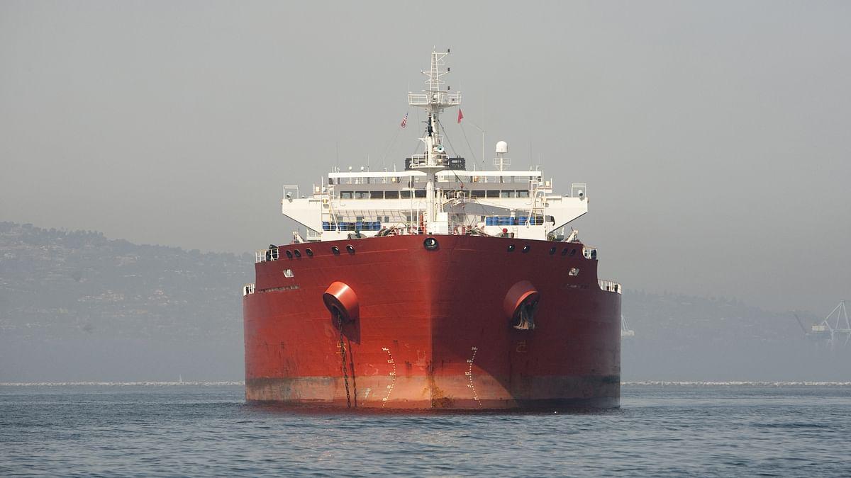 अमेरिका और ईरान से तनाव के बीच सऊदी अरब के तेल टैंकरों पर हमला