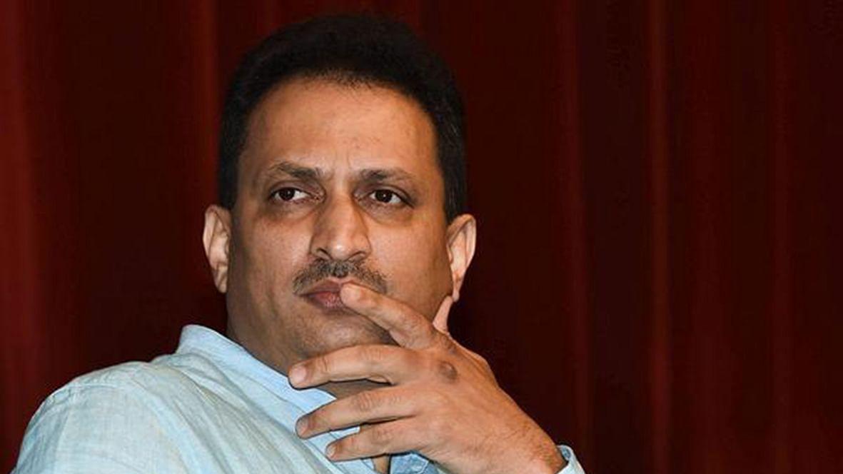 साध्वी प्रज्ञा के बाद अब मोदी के मंत्री ने किया बापू का आपमान, कहा- गोड़से पर माफी मांगने की जरुरत नहीं