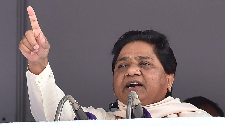 'अपने पतियों को मोदी के पास भेजने से डरती हैं बीजेपी नेताओं की पत्नियां, सताता है छोड़ने का डर'
