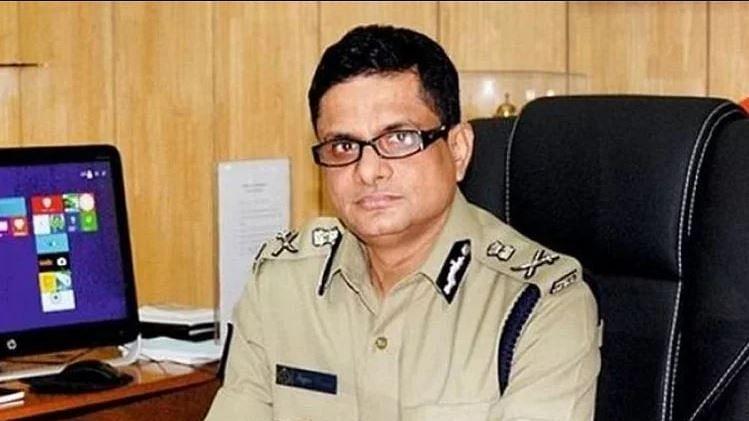 शारदा चिटफंड केस: कोलकाता के पूर्व पुलिस कमिश्नर राजीव कुमार की बढ़ सकती हैं मुश्किलें, लुक आउट नोटिस जारी