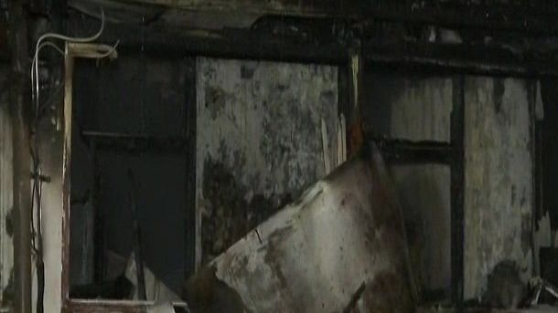 मुंबई के बोरी में भीषण आग, झुलसने से 2 की मौत, 2 घायल, 11 लोगों की बचाई गई जान