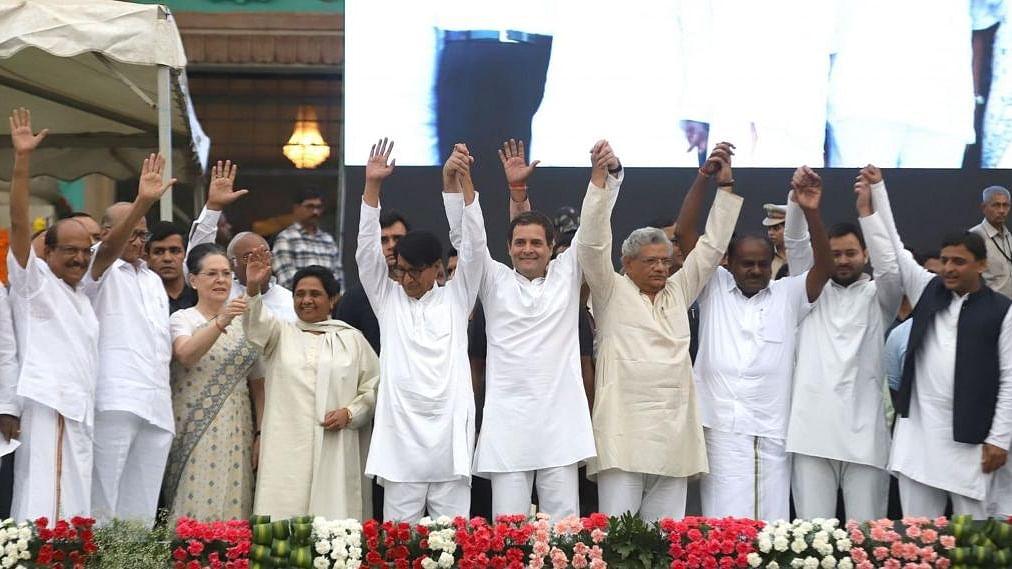 लोकतंत्र और विपक्ष- तीसरी कड़ी: संसद में कांग्रेस के 52 ही काफी हैं, क्योंकि असली विपक्ष तो यही पार्टी है
