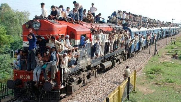 मोदी सरकार ने कर ली है रेलवे को पूरी तरह निजी और विदेशी हाथों में सौंपने की तैयारी