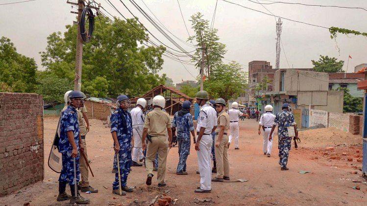 पश्चिम बंगाल: बीजेपी और टीएमसी कार्यकर्ताओं  के बीच खूनी झड़प, 4 की मौत , 3 घायल