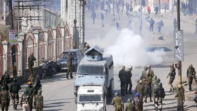 राम पुनियानी का लेख: कश्मीर पर शाह की है खास नजर, क्या धारा 370 हटाने जा रही है मोदी सरकार?