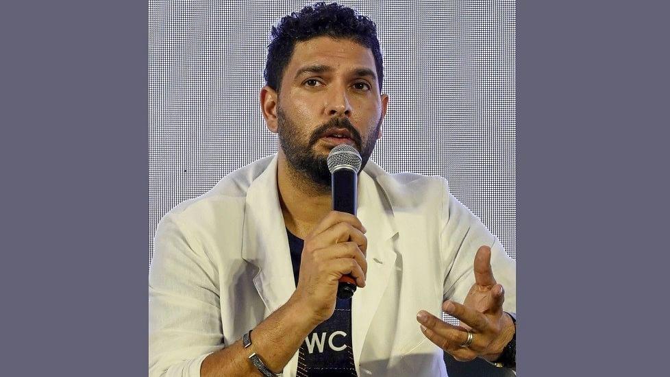 क्रिकेट से संन्यास  के बाद नौकरी ढूंढ रहे हैं युवराज, वीडियो में देखें कहां और कैसे दिया इंटरव्यू