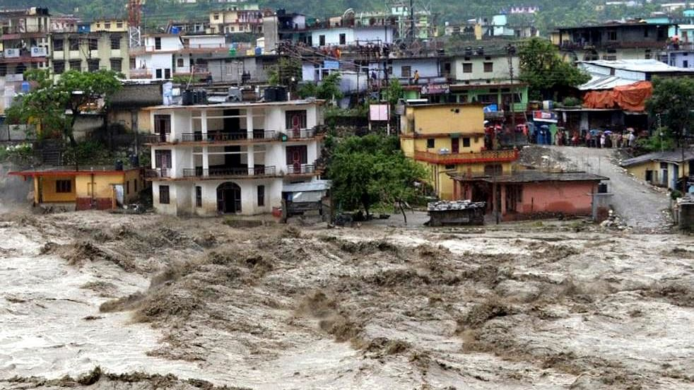 आर्थिक विषमता और जलवायु परिवर्तन के खतरों से घिरा दक्षिण एशिया, सामना करने के लिए आपसी सहयोग बेहद जरूरी