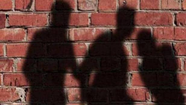 गुजरात में दलित सरपंच के पति की पीट-पीट कर हत्या, पुलिस से की थी सुरक्षा की मांग