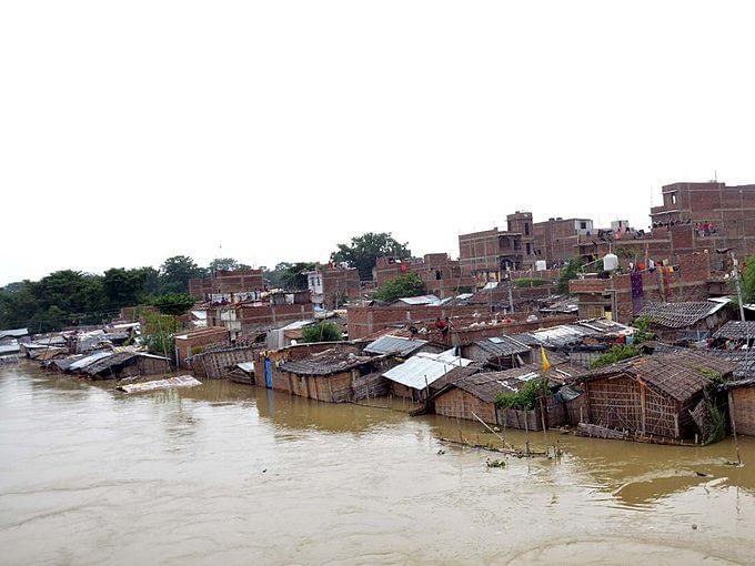 बिहार में भारी बारिश और बाढ़ से हाहाकार, 24 घंटे के अंदर 43 लोगों की मौत, ये जिले अब राम भरोसे!